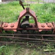 •Herse rotative rotor 2 mètres CAT (1998)