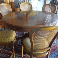Table en merisier et 6 chaises (mise à prix 250€ l'ensemble)